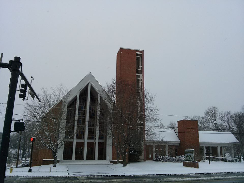 First Baptist LaFayette in Snow