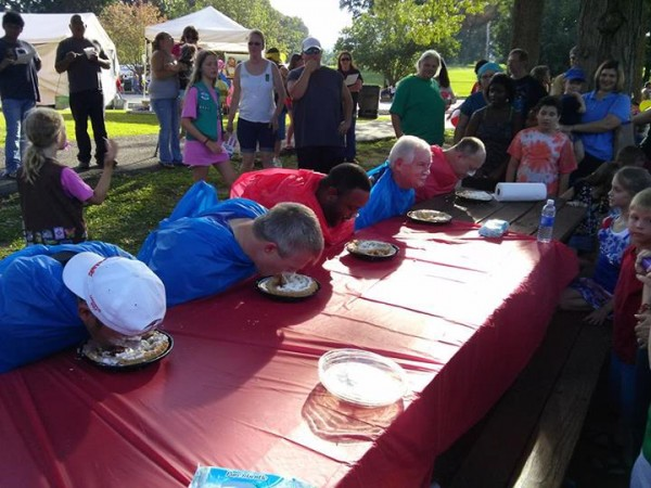 Freedom Fest Pie Eating Contest