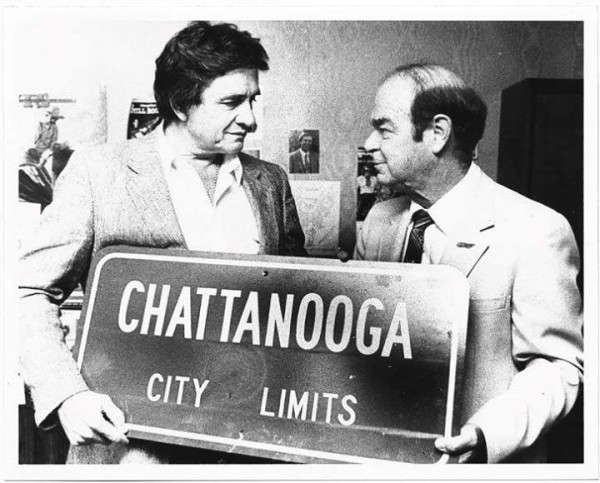 Johnny Cash w/ Chattanooga City Limits Sign via Picnooga
