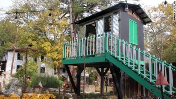 Paradise Garden - Mirror House