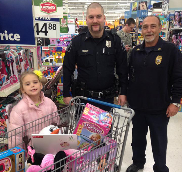 Shop With a Cop at Walmart 2014