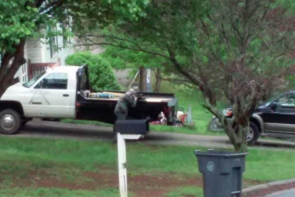 Meadowview Subdivision Police Standoff / April 19