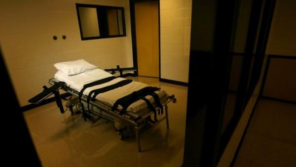 Georgia Death Row Legal Injection Gurney /  Ben Gray of AJC