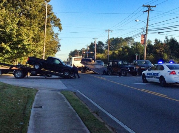 Wreck - North Main at Autozone October 15 2015 / Walker County Messenger