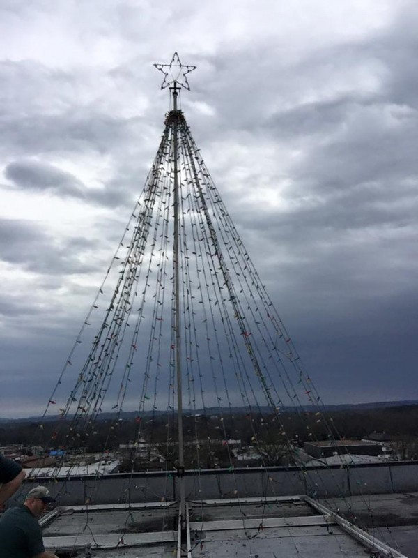 Hutcheson Roof Christmas Tree