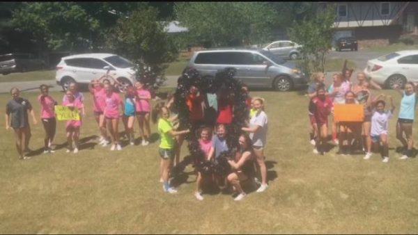 LHS Cheer Team for Amanda Lanier
