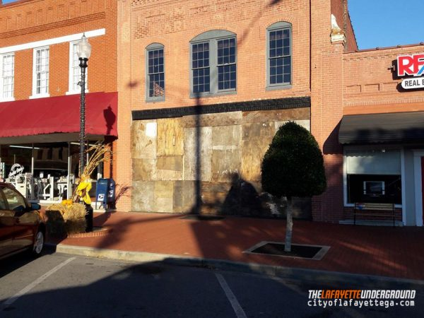 111 Downtown Square / Queen City Bistro Boarded Up