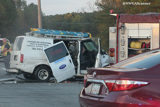 Bypass Wreck - Van vs LaFayette Fire Dept / Tyler Bishop NWGA Scanner