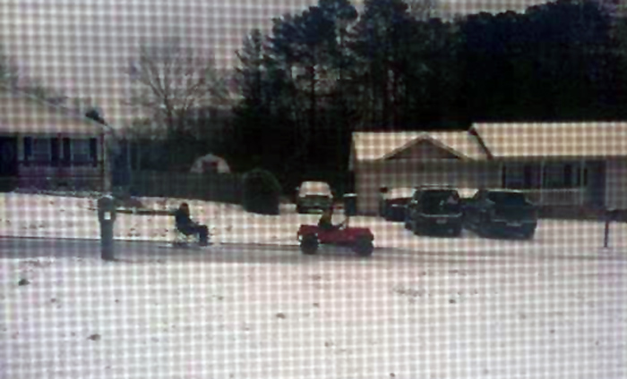 snow2-chair_sled