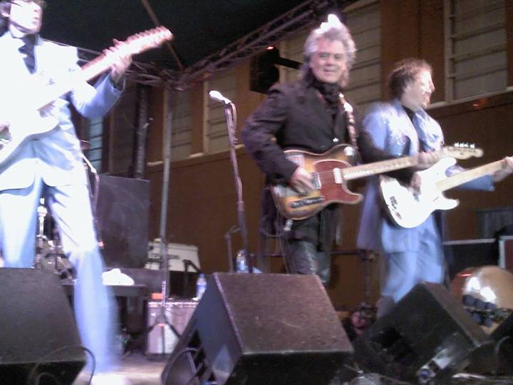 Marty Stuart Performing